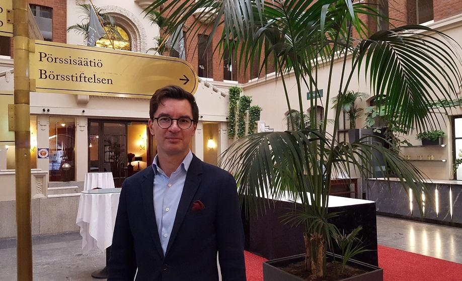 Antti Turunen on perehtynyt ostotarjouksiin