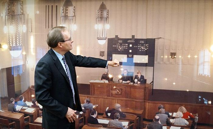 Jaakko Raulo kertoo Helsingin pörssin toiminnasta 80-luvulla